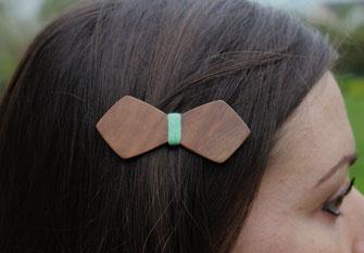 Barrette noeud papillon en bois spécial coiffure de mariée