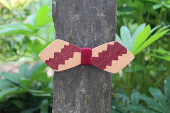 Noeud pap en bois original et unique, accessoire mariage, noeud papillon violet