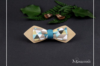 Noeud pap en bois, noeud papillon coloré, noeud papillon motifs triangles, noeud papillon bleu moutarde gris