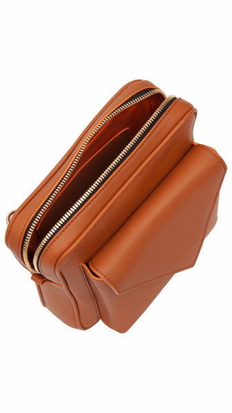 DALPI02 COGNAC - RECYCLED LEATHER - 399,00€