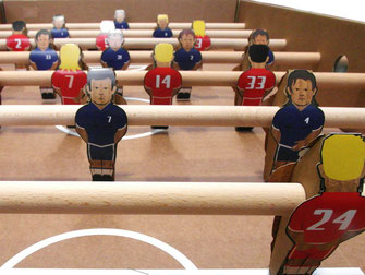 Fußball-Aktionen, Fußball-Aktionen für Firmen, Fußball spielen, teamevent.de, Teamevent, Firmenevent, Betriebsausflug, Schnurstracks, Teambuilding,