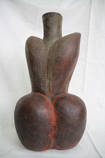 Sprossendes Gefäß; 2012; 55cm; Keramik