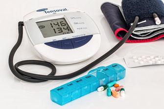 ADL Hulpmiddelen Gezondheid Corona Thermometer Bloeddrukmeter Saturatiemeter Covid19 Blisterpen Medicijnen