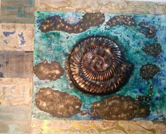 The Ammonit Project #2 Nautilus  2019 (Acryl Mischtechnik auf Leinwand, Sumpfkalk, Strukturpaste, Asche,  Pigmente, Kaffee mit Gips Modellierung)  100x80x4
