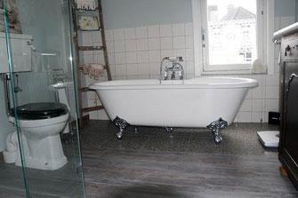 Natuurlijk Afgewerkte Badkamer : Projecten badkamerdesign weert