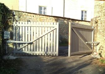 Motorisation de portail en bois