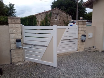 Motorisation de portail PVC