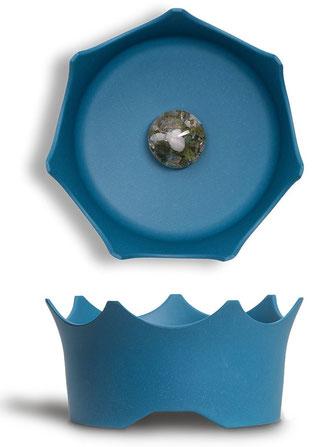 Tiernapf mit Edelsteinmodul in Blau