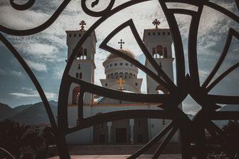 Serbisch Orthodoxe Kirche in Bar Montenegro kostenlos herunterladen