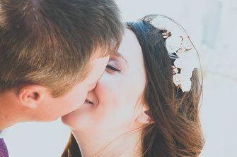 Hochzeitsfotograf, Videograf oder Kameramann in Darmstadt für authentische Hochzeitsfotos und -Videos als Reportage oder mit nachgestellten Szenen