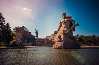 Fotos von Wolgograd - eine Stadt mit unvergesslicher schrecklichen Geschichte aus dem zweiten Weltkrieg