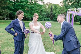 Hochzeitsfotograf, Videograf oder Kameramann in Offenbach für authentische Hochzeitsfotos und -Videos als Reportage oder mit nachgestellten Szenen