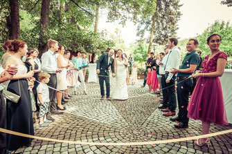 Hochzeitsfotograf, Videograf oder Kameramann in Hanau für authentische Hochzeitsfotos und -Videos als Reportage oder mit nachgestellten Szenen
