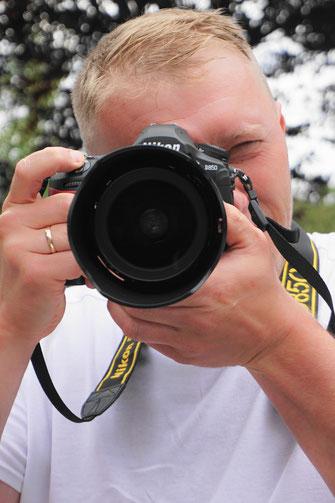 Fotograf für Hochzeiten Events Firmenfeier Jubiläum Junggesellenabschied Geburtstag und Kindergeburtstag besondere Anlässe und Veranstaltungen