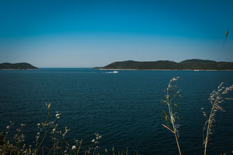 Privatjacht im offenen Meer an der kroatischen Küste kostenlos herunterladen