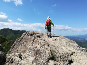 黒髪山の岩峰
