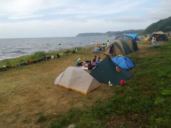 野塚の浜でキャンプ