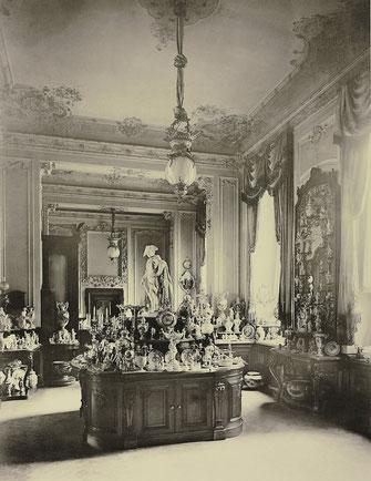 Verkaufsraum der KPM in der Leipzigerstraße. 1890