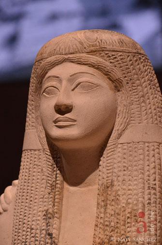 Nefertary; mujer egipcia; Museo de Turín; Naty Sánchez Ortega; Academia Idearte;