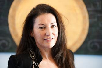 Renate Chisari, Autorin