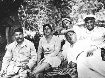 Сталин и Надежда Аллилуева конец 20-х годов