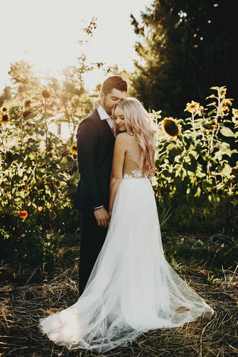 Port Angeles Farm Wedding, Sunflower Field
