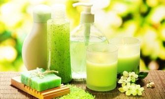 化粧品、化粧水、クリーム、美容液、アロマ