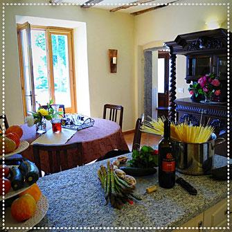 Die Küche im Casa Bureglio