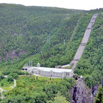 Das Waserkraftwerk Vemork wurde 1911 erbaut; heute beherbergt es das Norwegische Industriearbeiter-Museum (photo: Michael Spiller)