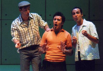 """Bruno als Chuck, Lied """"A Thousand Summer Nights"""", Wiener Kammeroper"""