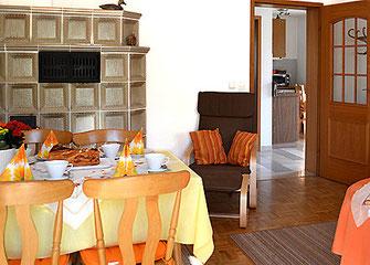 Ferienwohnungen in Oberaudorf im Pechlerhof / Wohnbereich
