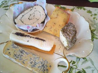 5/23 ハーブの香りを楽しむチーズ