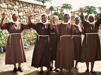 Schwestern des Franziskaner-Ordens in Tansania
