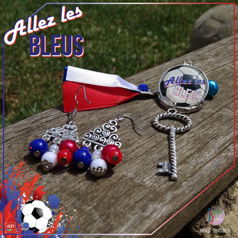 Photo promotionnel de bijoux et porte-clés pour la page Facebook de J&S Création.