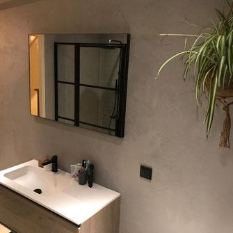 Beton cire badkamer grijs