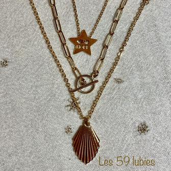 Colliers à mixer, superposés composé d'un sequin éventail, d'un fermoir en T sur chaîne maillons rectangles, et d'une étoile dorée à l'or fin HOPE