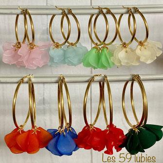 Sequin estampes haute qualité dorés à l'or fin suspendus à un crochet d'oreilles doré à l'or fin, possible pour oreilles non percées possible en clips