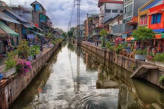 Stadtkanal Khlong Ong Ang in Bangkok © Jutta M. Jenning ♦ www.mjpics.de