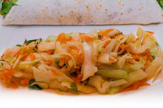 Thailändischer Weißkohlsalat