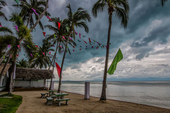 bewoelkter-himmel-am-strand-von-thongsala-koh-phanghan