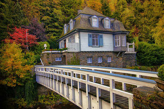Weiße Villa-Ferienhaus in Monschau © Jutta M. Jenning ♦ www.mjpics.de