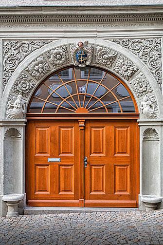 Prunkvoller Eingang ( Tor) in Görlitz © Jutta M. Jenning