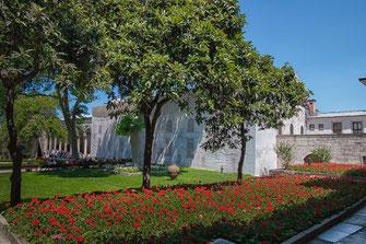Gartenanlage des Topkapi Palast in Istanbul