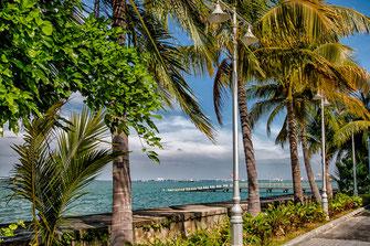 Promenade am Telaga Harbour Park auf Langkawi © Jutta M. Jenning