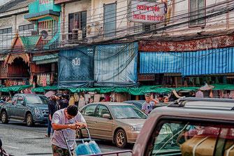 Straße in Bangkok-© Jutta M. Jenning ♦mjpics.de