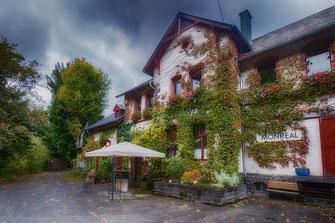 Historischer Bahnhof in Monreal-Restaurant Stellwerk © Jutta M. Jenning