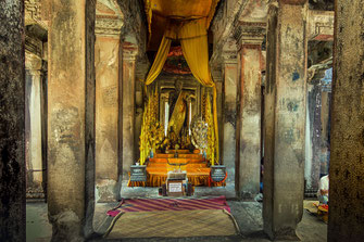 buddha-angkor-wat