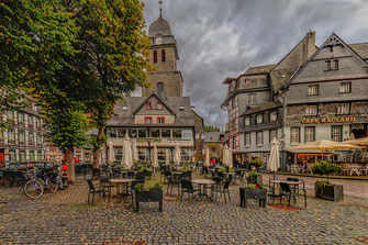 Marktplatz in Monschau © Jutta M. Jenning♦www.mjpics.de
