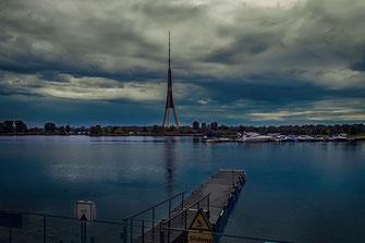 Kleiner Yachthafen in Riga