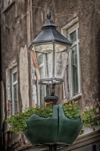 Straßenlaterne in der Altstadt von Görlitz